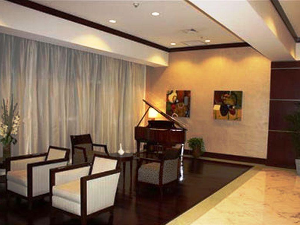 Enjoy 24/7 high-end amenities image 3