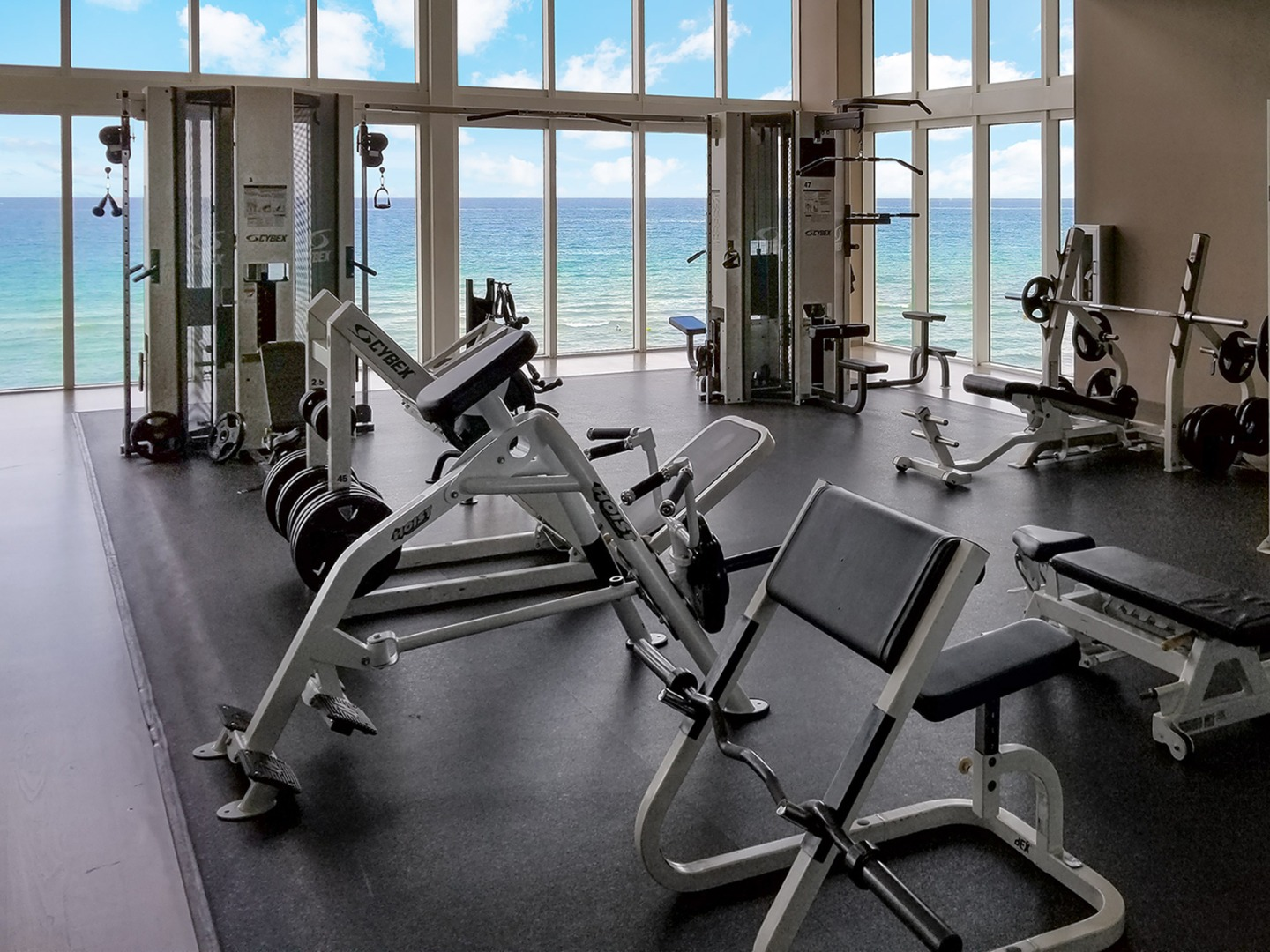BEACH CLUB SPA & FITNESS CENTER image 3